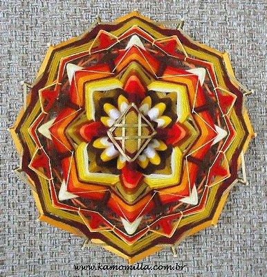 Mandala de 16 pontas com fios nobres