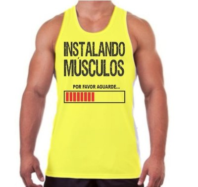 Regata Masculina Instalando Músculos