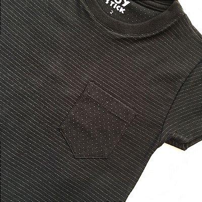 Camiseta Listras bolso poá