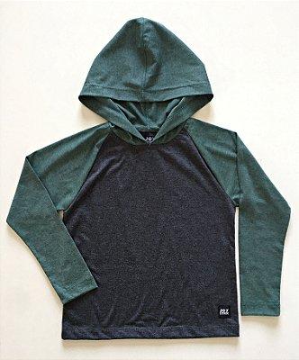 Camiseta Capuz - verde com cinza