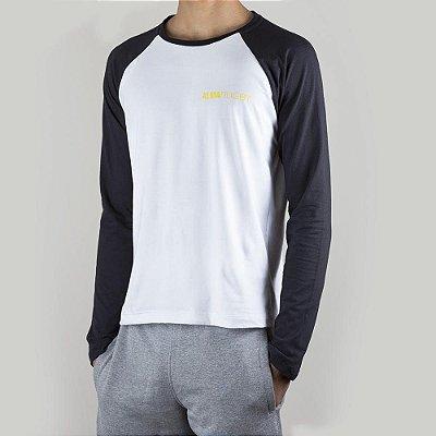 Camiseta Raglan Rugby Black&White Origens Cocar Gold