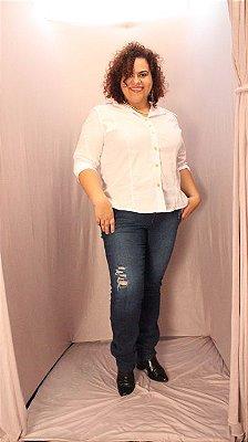 Calça Skinny jeans JINNEE plus size lavagem escura com rasgadinho