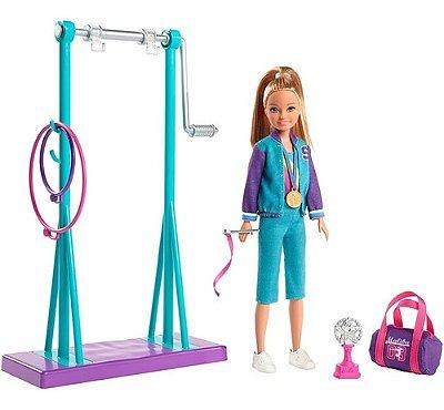 Boneca Barbie Stacie Ginasta Playset Com Barra E Acessórios