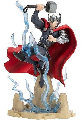 Boneco De Ação Marvel Avengers Vingadores Thor De Luxo 13cm