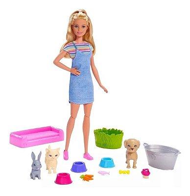 Boneca Barbie Banho Dos Pets Playset + 3 Bichinhos com Acessórios