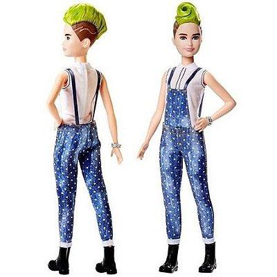 Barbie Cabelo Moicano Verde E Macacão Fashionistas 124