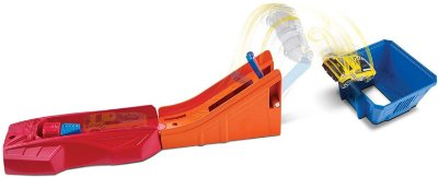 Pista Giro Extremo + Carrinho Drift Rod - Hot Wheels Mattel