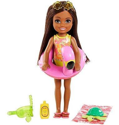 Boneca Barbie Chelsea Negra Na Praia Edição Especial 2021