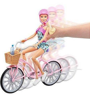 Boneca Barbie Loira Com Bicicleta E Varios Acessorios