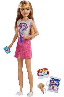Boneca Barbie Skipper Babysitter Loira Blusa De Unicórnio