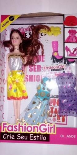 Boneca Fashion Girl Com Roupinhas E Acessórios Sortida