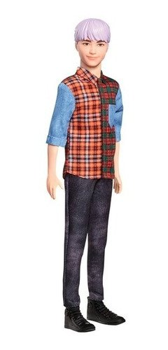 Boneco Ken Cabelo Roxo - Camiseta Xadrez Fashionistas 154
