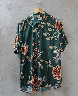 Camisa de Botão Verde Roseira