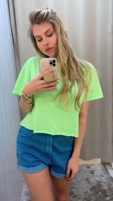 Cropped  Green Neon