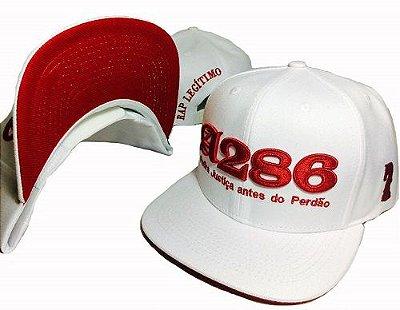 Boné A286, branco e vermelho