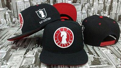Boné Rap Legítimo, preto e vermelho