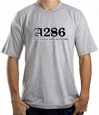 Camiseta A286, cinza e preto/branco