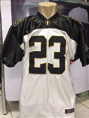 Camiseta Rap Legítimo, 23 Branca, preta e dourado