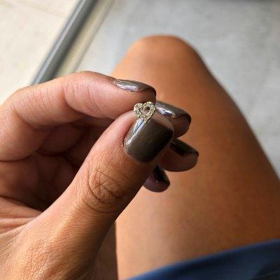 PIERCING DE FURO CARTILAGEM CORAÇÃO BRILHO