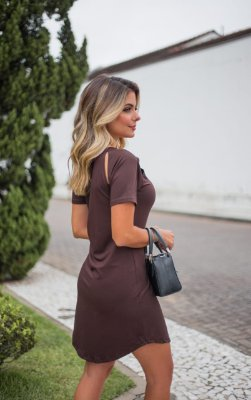 Vestido Moletinho Fenda Gabi Marrom
