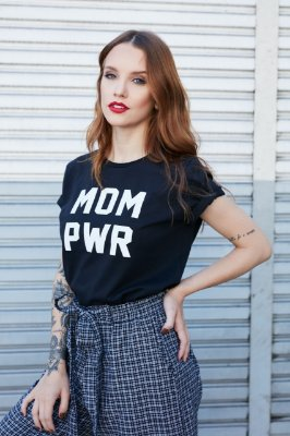 Camiseta Feminina MOM PWR