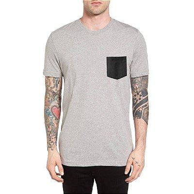 Camiseta Chess Clothing Bolso Preto