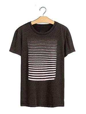 Camiseta Line Black Stone