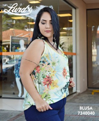 REGATA PLUS SIZE ESTAMPA FLORAL REF . 7340040