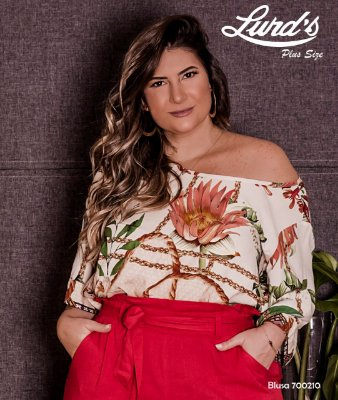 BLUSA PLUS SIZE OFF WHITE FLORAL REF 700210