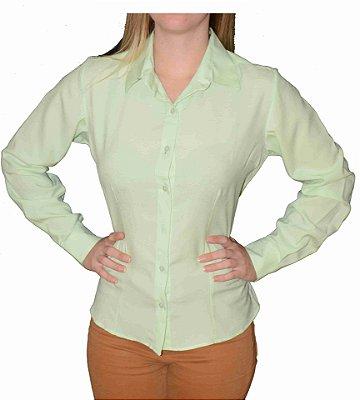 Camisa Verde Claro Prática (amassa pouco)