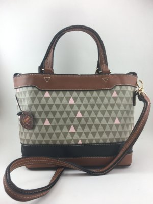 Bolsa inspired mini Emma triangle bege da Schutz - Moda evangélica e executiva - Amoii