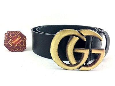 Cinto  Inspired Gucci Couro Liso Preto com fivela Ouro Velho – Amoii
