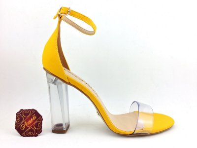 Sandália amarela vinil da Cecconello – Amoii – Moda Executiva e Evangélica