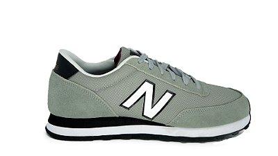 Tênis New Balance 501 Cinza