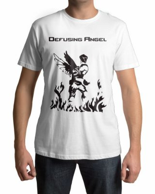 Camiseta CS:GO Counter Strike Defusing Angel
