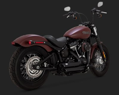 Escape Vance & Hines Shortshots Staggered Black 47233 para Harley Softails 2018 Milwaukee Eight Fat Bob / Heritage Classic / Low Rider / Deluxe / Softail Slim / Street Bob