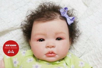 Boneca Bebê Reborn Menina Realista Princesa Encantadora Com Lindo Enxoval E Acessórios