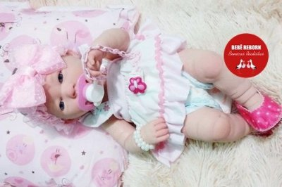 Bebê Reborn Menina Realista Corpo Inteiro Em Vinil Articulável Lindíssima Acompanha Enxoval