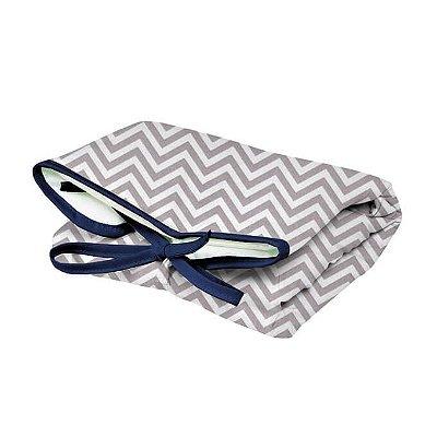 Trocador Portátil Dobrável Chevron Cinza Lacinho Azul Marinho para Bebê