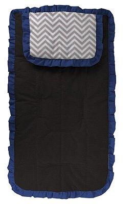 Capa Carrinho Preta com Travesseiro Chevron Cinza com Babado Azul Marinho