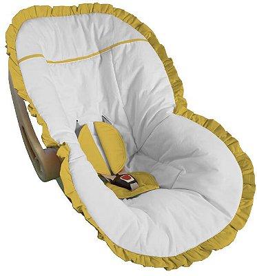 Capa para Bebê Conforto Branco com Babado Amarelo