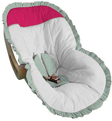 Capa Bebê Conforto Branca e Babado Verde Bebê Detalhes Pink