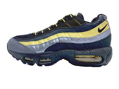 Tênis Nike Air Max 95 Dourado, cinza e azul
