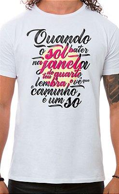 Camiseta Masculina Quando o Sol Branco
