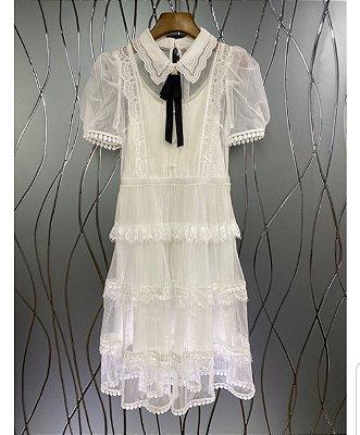 Vestido vintage romance tule branco bolinha virada