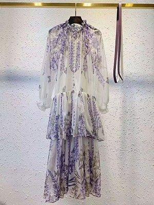 Vestido midi floral saia babado esvoaçante
