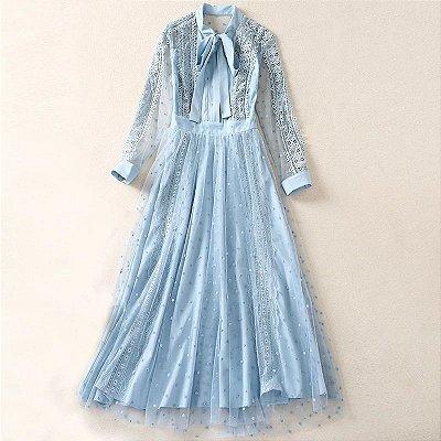 Vestido midi vintage azul poá gola laço