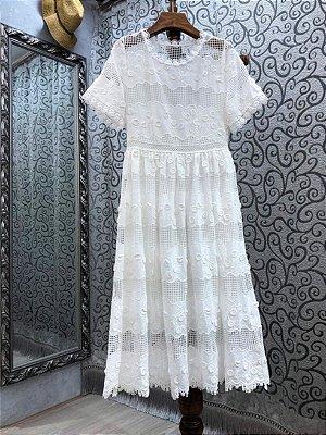 Vestido midi romance renda branco manguinha