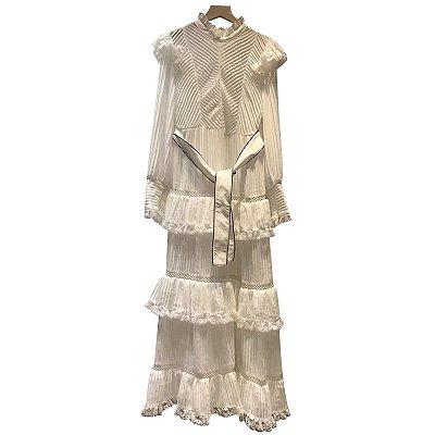vestido midi branco babados manga longa gola alta
