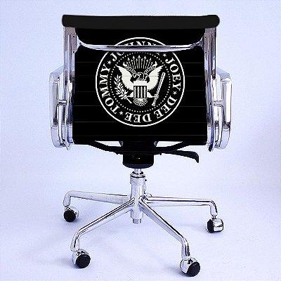 Cadeira Eames Office Ramones